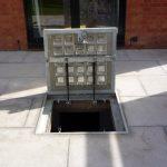 Hatch in open postion